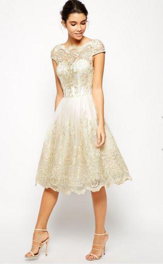 bcd08bef3e4e 16 Εκπληκτικά φορέματα για την κουμπάρα!