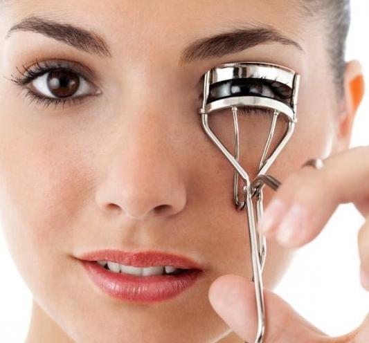 6 Makeup tricks για να δείχνεις πιο φρέσκια!