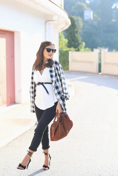 189ca0e5b09 11 Υπέροχα outfits για εγκύους για να εντυπωσιάσεις! - babyradio.gr
