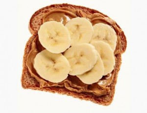 toast with banana and cinnamon