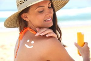 Woman sunscreen