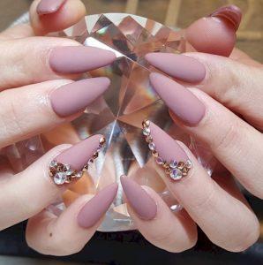 Stiletto nails ediva.gr