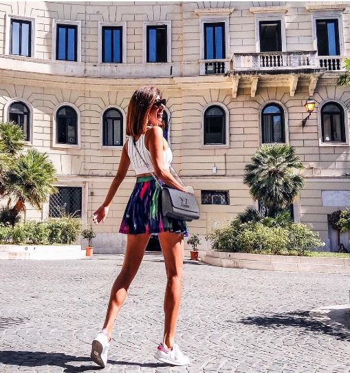 abbb9e98d17e Στυλιστικά κόλπα για να φαίνεσαι πιο ψηλή! - Elizabeth Elechi