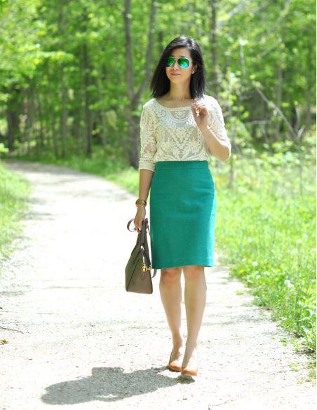 d7a391dd9b45 Μπορείς να επιλέξεις να φορέσεις μια κίτρινη ή πράσινη φούστα σε συνδυασμό  με πιο απαλά χρώματα για να μην προκαλέσεις αντιδράσεις στο χώρο του  γραφείου.