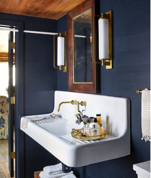 deep-blue-bathroom