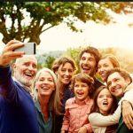 oigeniaki-selfie-eutixismeni