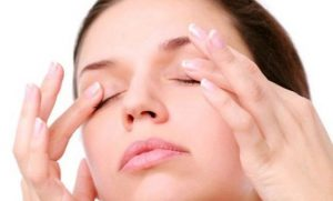 massage-eyelids
