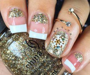 glitter-galliko-manicure