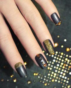 mayro-xryso-nail-art