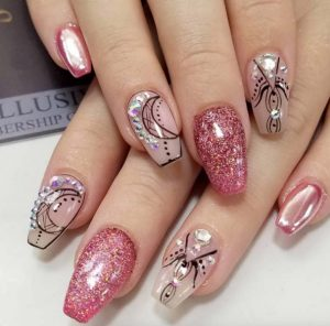 mirror-effect-nails