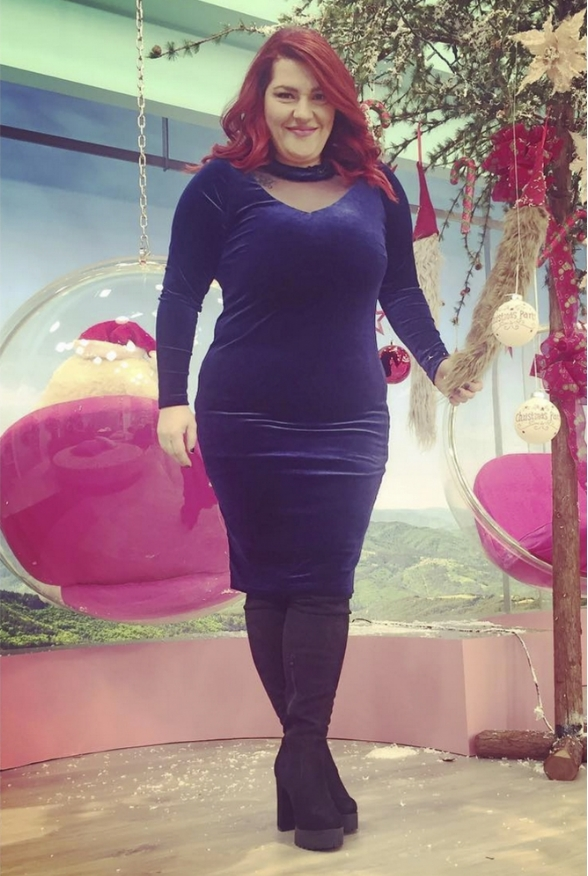 20 Εμφανίσεις της Κατερίνας Ζαρίφη με ρούχα από το Parabita! 89f8eb0f402