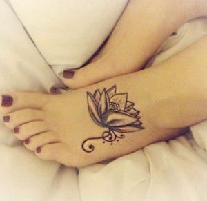 tattoo-louloudi-sto-podi
