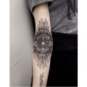 tattoo mandala ston akgwna megalo