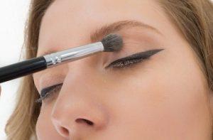 tips-eyeliner-ediva-gr