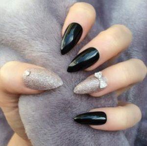 almond nails art