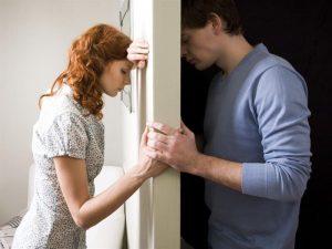 5 Κακές συνήθειες που θα χαλάσουν τη σχέση σου!