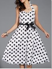 2ef8952b45f8 Εδώ η αλήθεια είναι ότι επικρατεί λίγος χαμός στα φορέματα. Και εγώ όταν  πρωτοέριξα μια ματιά στα φορέματα που μπορώ να βάλω σε ένα γάμο