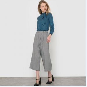 30456397c6b Θέλεις παντελόνι υφασμάτινο ή τζιν; Υπάρχει! Θέλεις κάτι πιο αθλητικό, όπως  το κολάν; Και αυτό υπάρχει στην La Redoute. Όπως επίσης και ολόσωμες φόρμες  που ...
