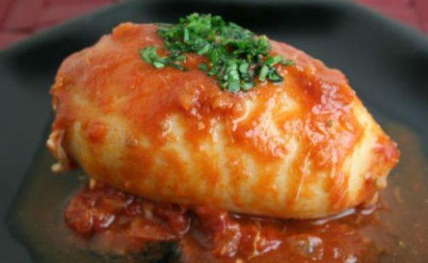 Νηστίσιμη συνταγή για γεμιστά καλαμαράκια με ρύζι!
