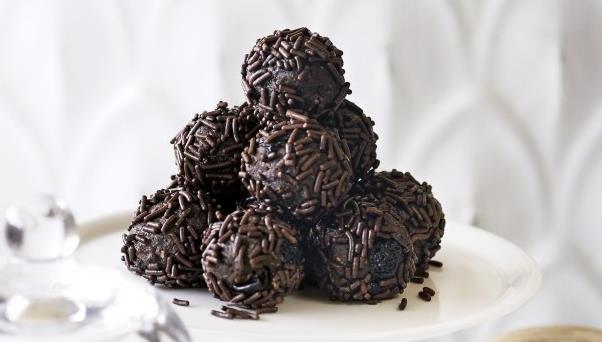 Τρουφάκια σοκολάτας με μπισκότο +3 υλικά!