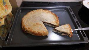 Συνταγή για νηστίσιμη πίτα με ελιές και ντομάτα!
