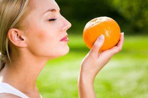 gainaika mirizis omorfa portokali