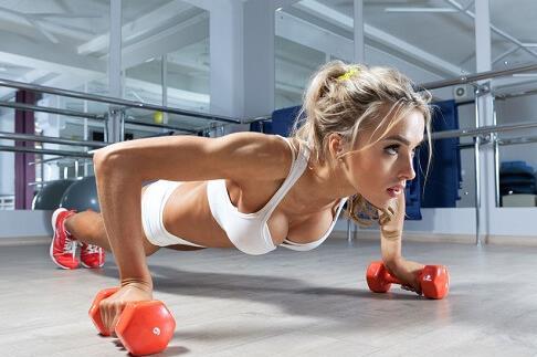 5 Πράγματα που πρέπει να γνωρίζεις όταν γυμνάζεσαι με άδειο στομάχι!