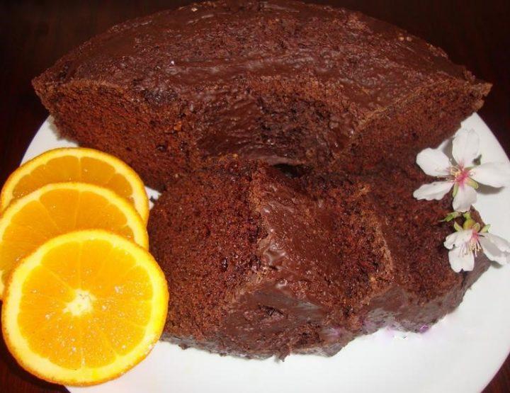 Εύκολη νηστίσιμη συνταγή για κέικ με κακάο & πορτοκάλι!