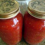 vazakia me saltsa tomatas