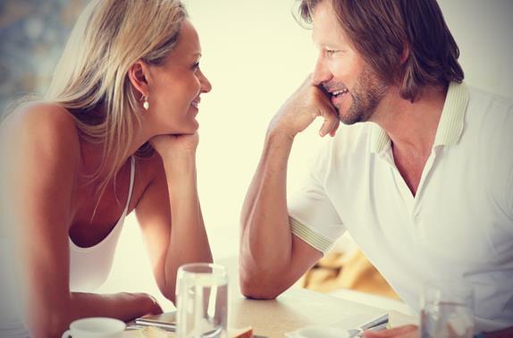 10 Πράγματα που θέλουν οι άντρες να ακούν από τις γυναίκες!