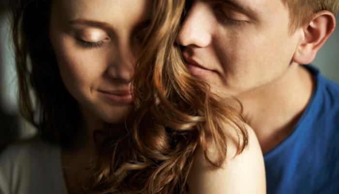 ebf1bf850ba6 Ένα επίσης χαρακτηριστικό το οποίο οι άντρες λατρεύουν στις γυναίκες και  πολλές φορές μπορεί να το αγνοούμε