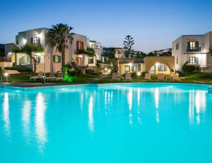 Τα 10 καλύτερα ξενοδοχεία στην Πάρο βάσει του Booking.com!