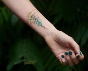 tatouaz elato me xroma