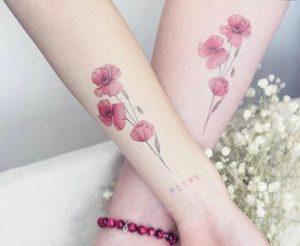 xromatisto louloudi tatouaz se xeri