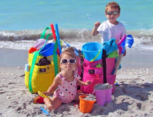 Τι πρέπει να έχει η τσάντα θαλάσσης μιας μαμάς!