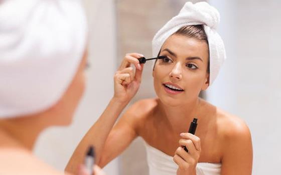 6 Προϊόντα ομορφιάς που δεν πρέπει να χρησιμοποιείς καθημερινά!