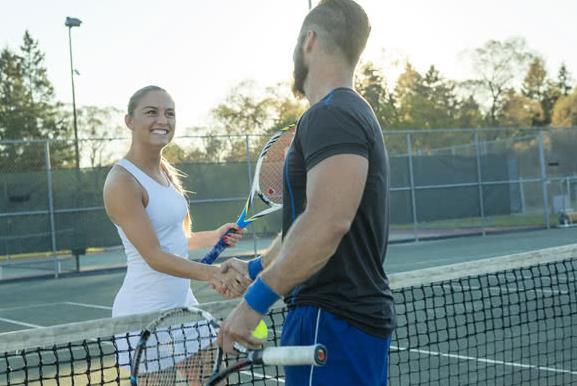 Τα ραντεβού είναι σαν το τένις.