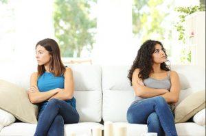 Πως θα καταλάβεις ότι η φίλη σου δεν θέλει το καλό σου!