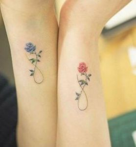 blue-read rose tattoo gia didimakia