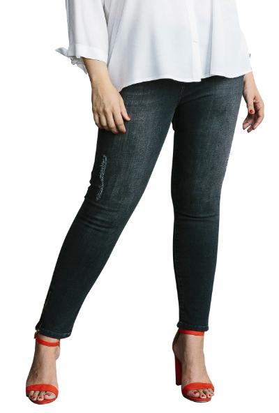 7d05c2af420b ... με ένα απλό t-shirt και τα sneakers σου είτε με ένα ασύμμετρο  πουκάμισο