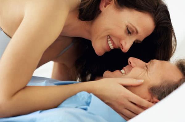 Πώς να αρχίσετε να βγαίνετε με μια γυναίκα
