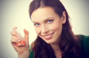vitamine C gia tin periodo