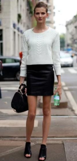 5 Τρόποι για να φορέσεις το πουλόβερ σου με φούστα!  b6baf698d6b
