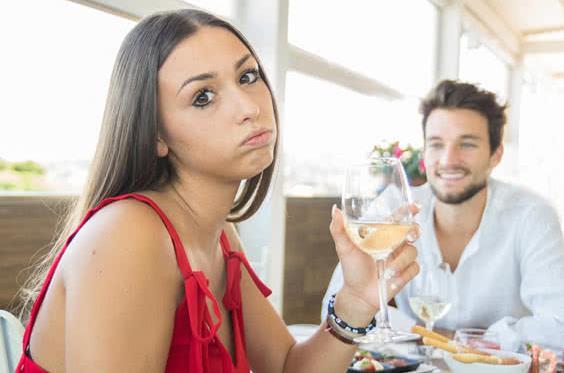 Οι κανόνες που ισχύουν για ένα ραντεβού είναι ίδιοι τόσο για τους εφήβους και τους.