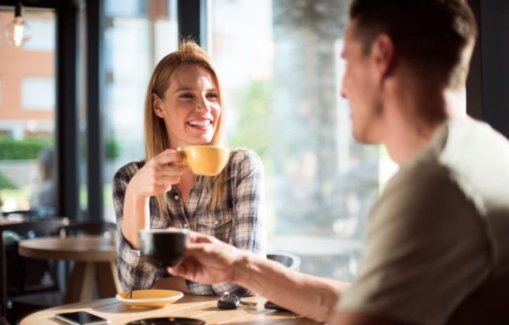 ντροπαλός συμβουλές ραντεβού 106 και οικοδεσπότες πάρκων που χρονολογούνται