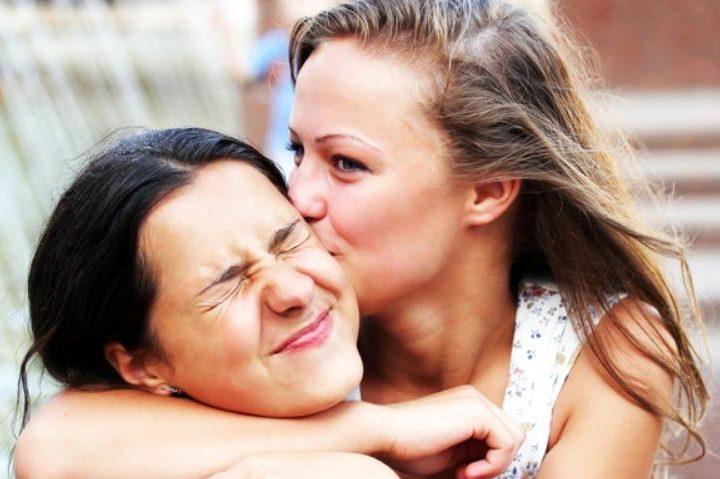 5 Tips για να κρατήσεις μια φιλία εξ αποστάσεως!