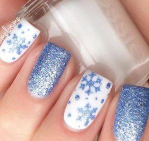 lefko manikiour snowflakes