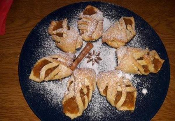 Συνταγή για ατομικά γεμιστά μηλοπιτάκια με 9 υλικά!