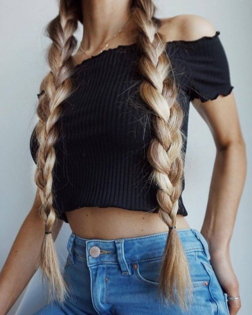 0a4e2270c6e8 Οι πλεξούδες είναι η απόλυτη τάση τα τελευταία χρόνια και είναι ο πιο  εύκολος τρόπος να έχεις περιποιημένα μαλλιά κάθε μέρα χωρίς πολύ  προετοιμασία.