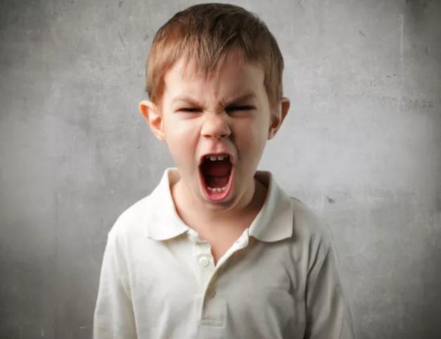 Πως επηρεάζει τη συμπεριφορά του παιδιού σου η τεχνολογία!